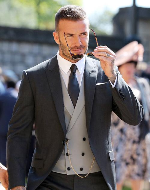 Vẻ điển trai đậm chất quý ông của Beckham được thể hiện trong từng khoảnh khắc.