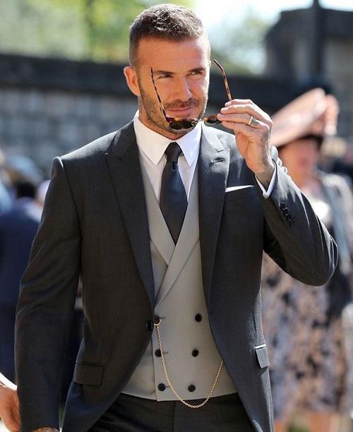 David Beckham chứng minh nhan sắc gừng càng già càng cay.