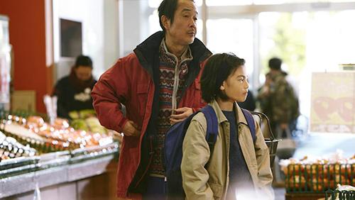 Bộ phim Nhật Bản Shoplifters giành giải thưởng cao nhất của Cannes.