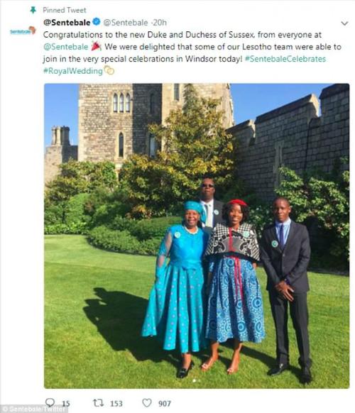 Tổ chức Sentebale đăng tải trên twitter hình ảnh chụp các thành viên tham dự đám cưới hoàng tử Harry. Ảnh: Daily Mail