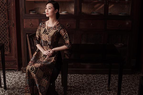 Sự giản dị, nền nã và thuần khiết của thiếu nữ xưa được Khánh My thể hiện.