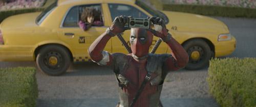 Nhân vật Deadpool vẫn khiến khán giả thích thú.