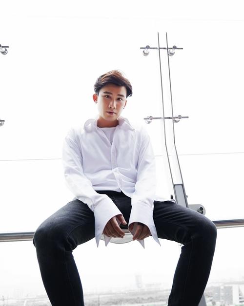 Ngoài ca hát, Chí Thiện sẽ đánh mạnh sang lĩnh vực diễn xuất. Nam ca sĩ tái xuất với khán giả truyền hình trong tháng 6 qua dự án Ngày ấy mình đã yêu nhau của đạo diễn Khải Anh cùng Nhã Phương, Nhan Phúc Vinh, Bảo Thanh.