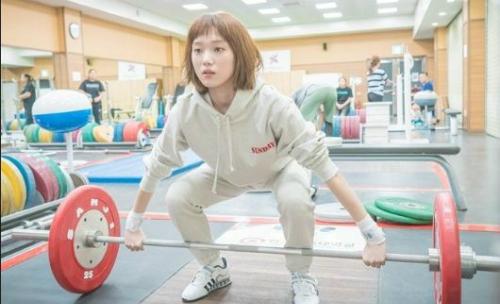 8 nữ chính phim Hàn không ai dám gây sự vì sợ bị ăn đòn - 3