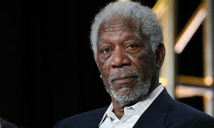 Hàng loạt phụ nữ cáo buộc Morgan Freeman quấy rối tình dục