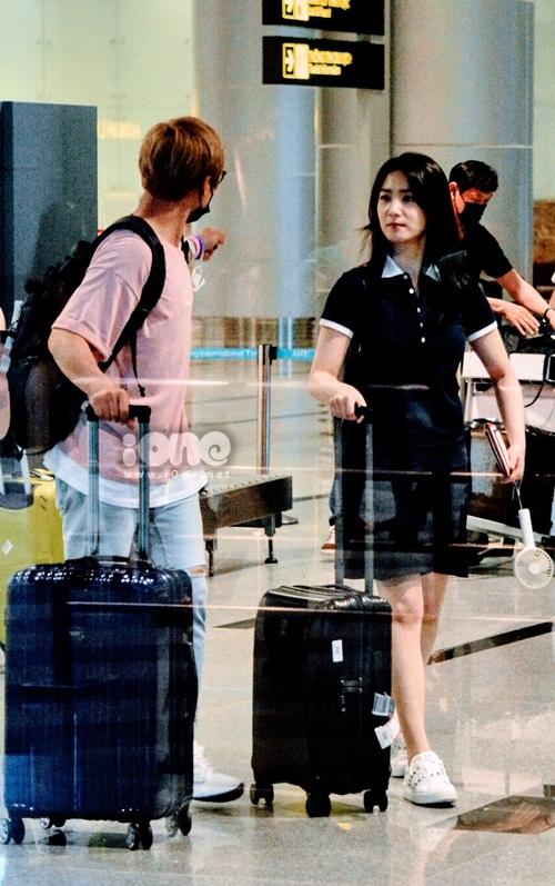 Độc quyền: 3 nữ diễn viên Grand Prince đến Đà Nẵng giữa đêm - 1
