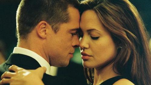 Cảm xúc của hai người dành cho nhau rất bùng nổ.