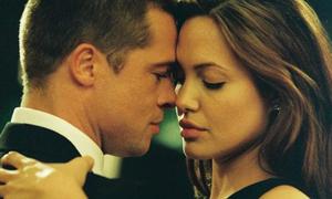 Cảnh quay bùng cháy khiến Brad Pitt bỏ vợ theo Angelina Jolie