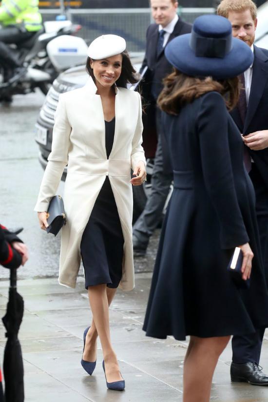 Ngôn ngữ cơ thể nói gì về quan hệ chị em dâu Meghan Markle và Kate Middleton - 6