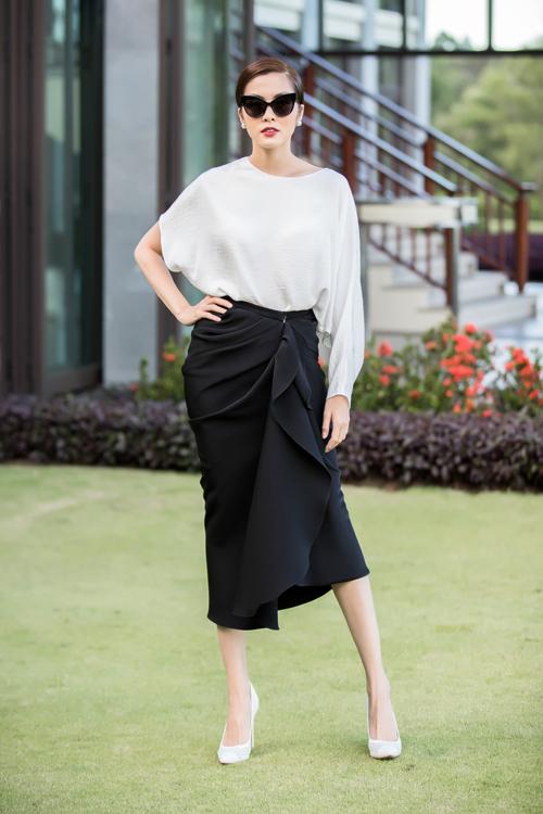 Chiều nay (26/5), show diễn thời trang Xuân - Hè 2018 của NTK Đỗ Mạnh Cường đã chính thức diễn ra tại khu nghỉ dưỡng phức hợp đẳng cấp quốc tế