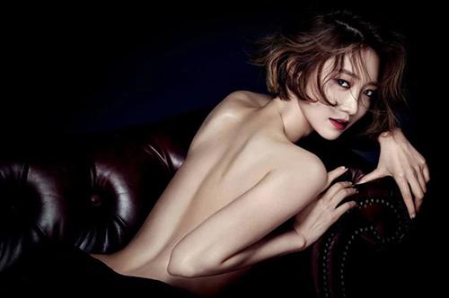 Hội gái ngoan  gái hư Hàn Quốc đọ dáng khi chụp ảnh ngực trần khiêu khích - 8