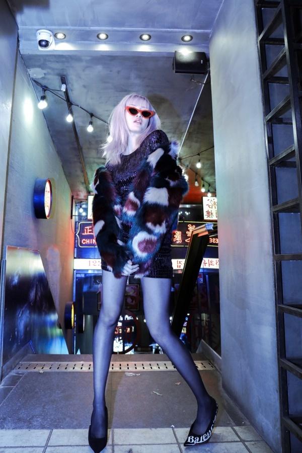 <p> Váy bodycon là một trong những món đồ được Thiều Bảo Trâm thích diện mỗi lần xuống phố hay dạo chơi, tiệc tùng cùng hội bạn.</p>