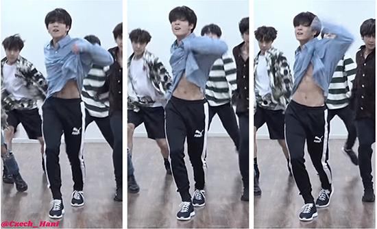 Trong clip tập nhảy mới nhất, Jung Kook tiếp tục chiêu đãi các fan màn vén áo lộ bụng cơ bắp. Mỹ nam biết cách khiến các fan girl phát cuồng.
