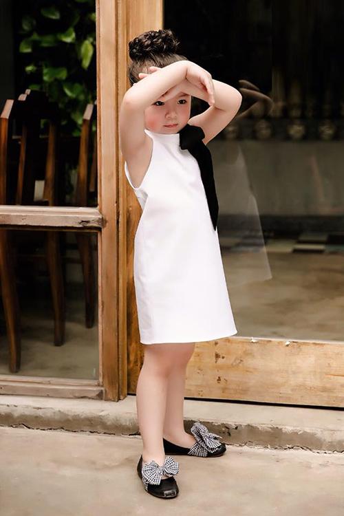 Phong cách mà Cadie hay diện là đáng yêu như công chúa nhưng vẫn có nét sang chảnh kiểu hot girl.
