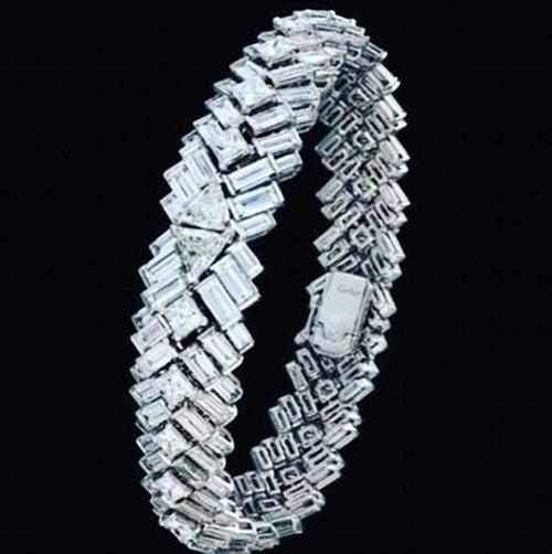 Vòng tay Reflection de Cartier.