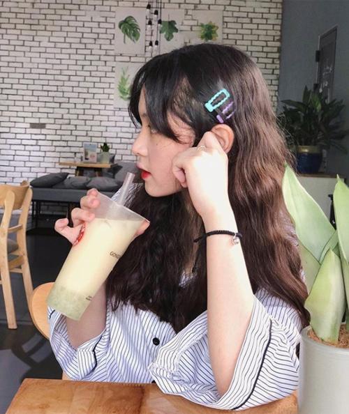 Hot girl Việt đua nhau theo mốt tóc kẹp siêu hack tuổi - 8