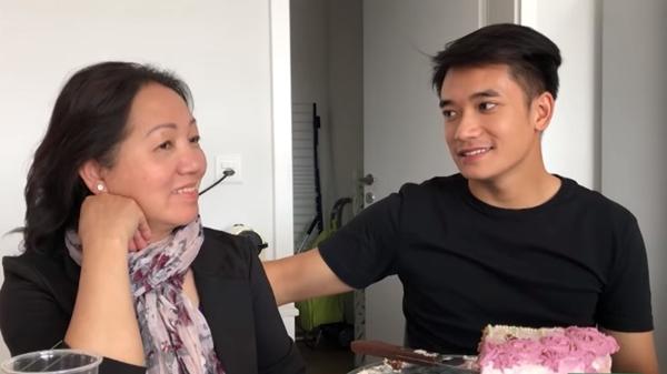 Sau khi bí mật đăng ký tham dự cuộc thi ca hát ở Việt Nam, Huỳnh Samuel An liền quay về Thụy Sĩ để kịp chúc mừng sinh nhật mẹ. Anh chàng cho biết: Đến thời điểm này mình tin rằng gia đình sẽ luôn ủng hộ trên con đường đã chọn.