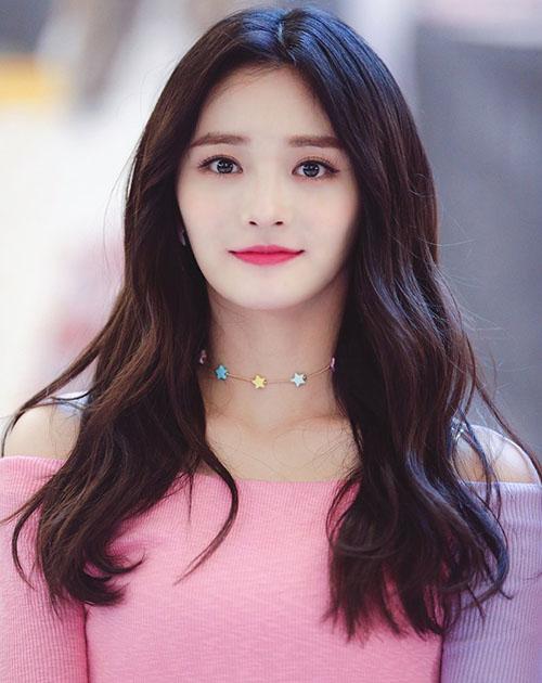 Kyul Kyung nổi tiếng nhờ sở hữu nhan sắc nổi trội nhất Produce 101.