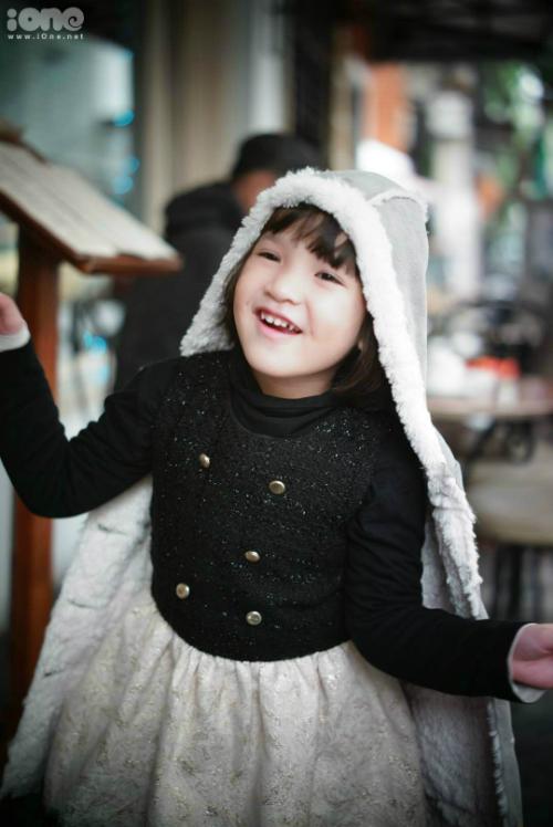 Tiểu công chúa nhà Mi Vân xinh xắn không kém mẹ hot girl - 5