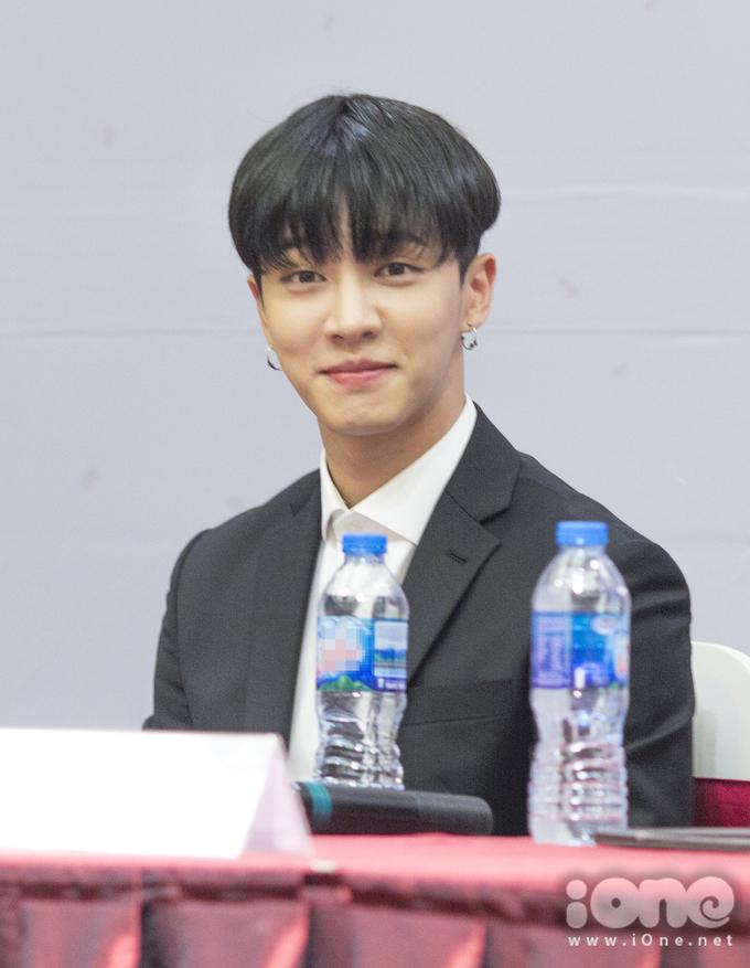 """<p> Ki Kwang """"gây mê"""" với nụ cười hiền trước ống kính.</p>"""