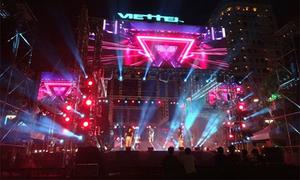Sân khấu 4 mặt độc đáo của đại nhạc hội Viettel