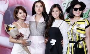 Hội 'Ngựa Hoang' toàn gái xinh giúp Hoàng Yến Chibi trả thù bạn trai