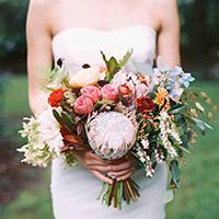 Trắc nghiệm: Bó hoa cưới yêu thích tiết lộ hôn lễ trong mơ của bạn - 1