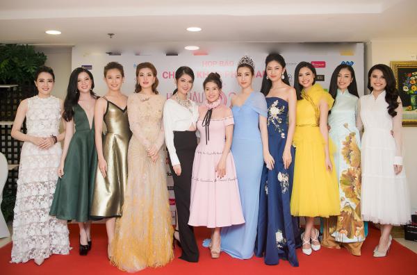 Ngày 12/6, BTC Hoa hậu Việt Nam giới thiệu vòng Chung khảo phía Nam tại TP HCM. Đây là dấu mốc ý nghĩa kỷ niệm 30 năm diễn ra cuộc thi. Xuất hiện tại sự kiện có nhiều hoa hậu, á hậu tại các mùa thi.