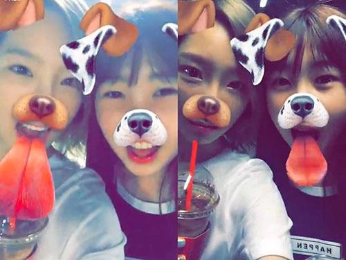 Cặp chị em hiếm khi chụp ảnh chung và thông tin về Ha Yeon khá ít. Mới đây, cô nàng tung một clip khoe giọng. Netizen nhận xét cô bé sở hữu má bánh bao giống Tae Yeon khi mới debut.