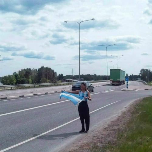 CĐV nữ đi nhờ 6000km đến Nga cổ vũ ĐT Argentina thi World Cup - page 2 - 4