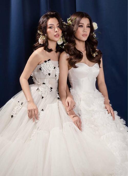 Hai chị em The Face Tú Hảo - Mỹ Duyên rủ nhau hóa thành cô dâu xinh lung linh.