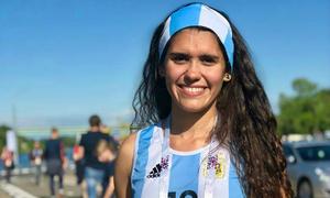 CĐV nữ đi nhờ 6000 km đến Nga cổ vũ Argentina