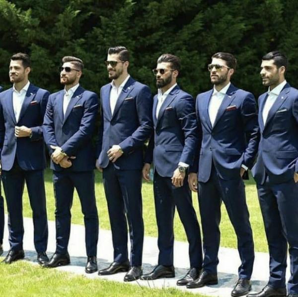 Trên mạng xã hội, fan nữ tweet lại rất nhiều hình ảnh của các tuyển thủ này và dành lời khen ngợi cho vẻ ngoài của đại diện đến từ châu Á.Một fan nữ viết Đội hình World Cup đây ư, họ trông giống người mẫu hơn là cầu thủ bóng đá, Tôi chọn được đội vô địch năm nay rồi nhé, Tôi ủng hộ đội Iran nhé...