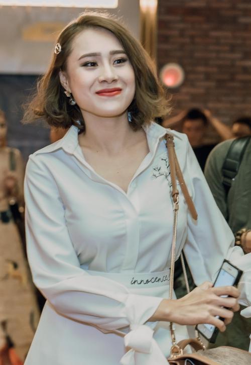 Hot girl Hồ Bích Trâm.