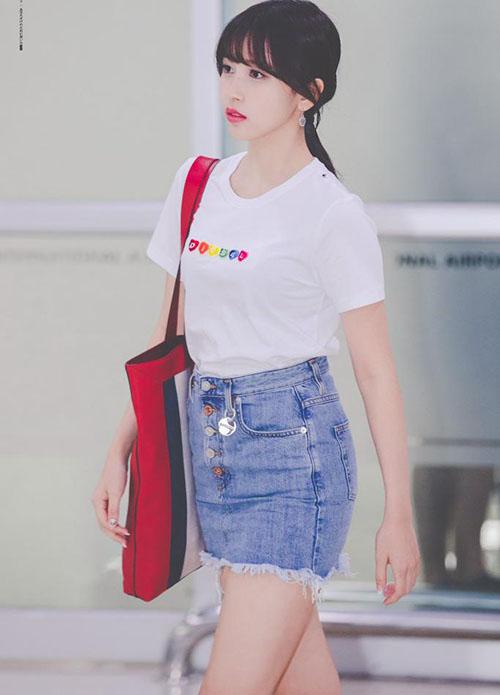 Sana thành biểu tượng gợi cảm, Soo Jung lộ vòng eo trong mơ - page 2 - 4