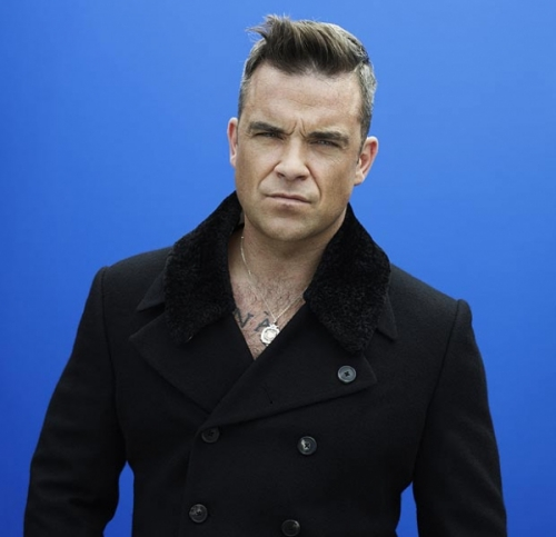 Nam ca sĩ Robbie Williams.