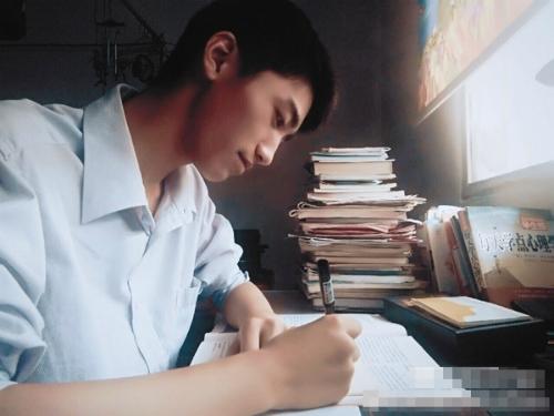 Mục tiêu của Trương Vạn Bằng là thi đỗ vào trường quân đội để có cơ hội rèn luyện bản thân.