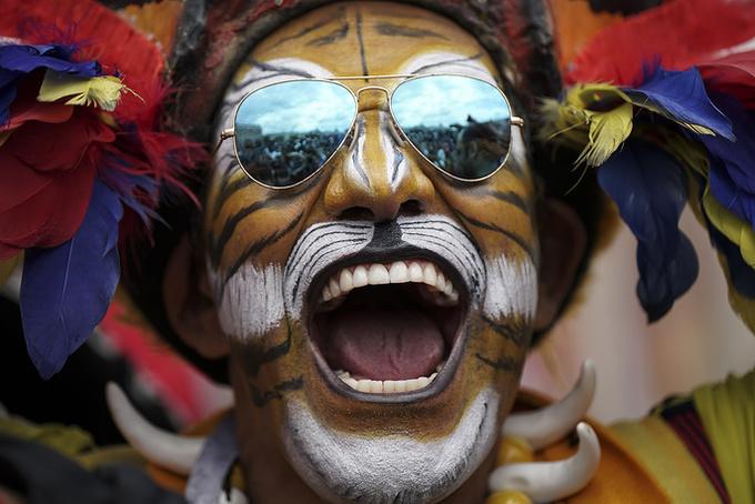<p> Người hâm mộ Colombia rất chịu chơi và sáng tạo. Trong ảnh, anh bạn Jose Florentino đã sử dụng khuôn mặt để vẽ painting ấn tượng.</p>
