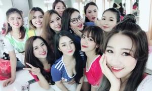 Dàn hot girl Việt gợi cảm cổ vũ World Cup 2018
