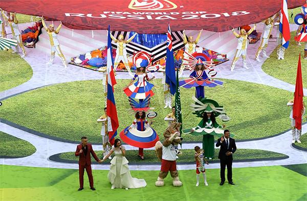 Những tiết mục âm nhạc hoàng tráng là đặc sản và là chủ đạo của Lễ khai mạc World Cup năm nay.