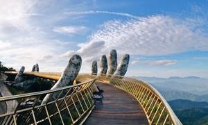 'Cây cầu thiên đường' gây sốt tại Đà Nẵng biến thành sàn catwalk trên mây