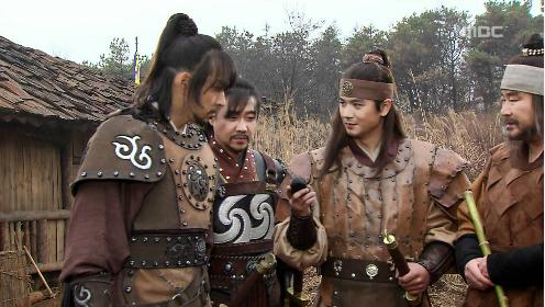 6 phim cổ trang Hàn Quốc được đầu tư trang phục hoành tráng nhất - 7