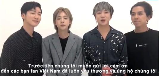 Nhóm nhạc Hàn Quốc Winner chào fan Việt.