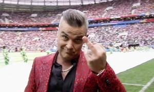 Kênh truyền hình Mỹ xin lỗi vì 'ngón tay thối' của Robbie Williams