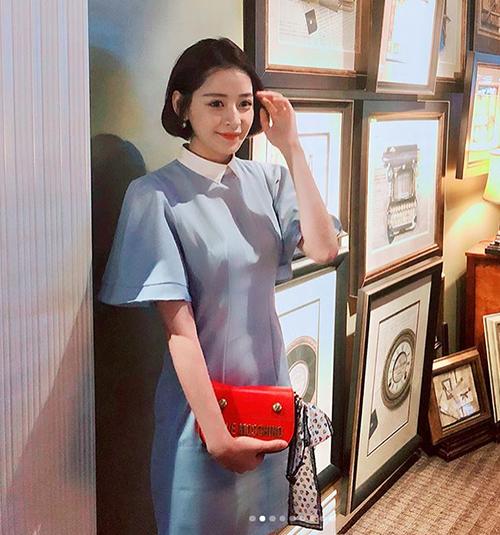 Chi Pu ngày càng xinh đẹp, nữ tính giống hệt con gái Hàn Quốc.