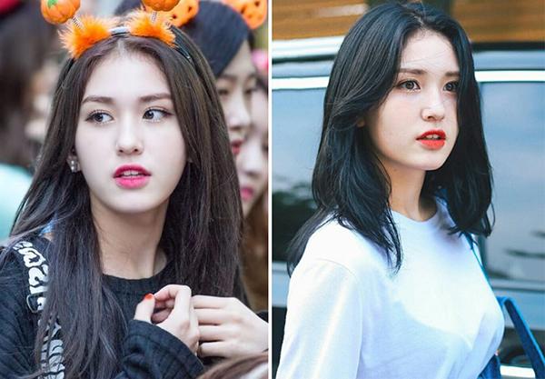 Trông bông hồng lai xứ Hàn người lớn và già dặn hơn hẳn khi chọn để tóc lob và nhuộm đen hoàn toàn. Khác với kiểu tóc cũ gợi nét ngây thơ, dễ thương thì giờ cô gái 17 tuổi đã dần trở thành một cô nàng quyến rũ và sắc sảo.