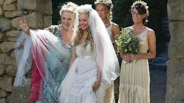 Những chiếc váy cưới thảm họa trong lịch sử phim ảnh Hollywood - 3