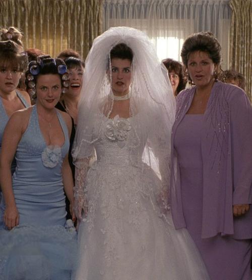 Những chiếc váy cưới thảm họa trong lịch sử phim ảnh Hollywood - 4