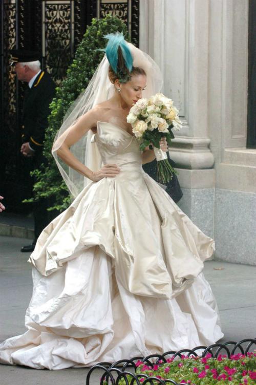Những chiếc váy cưới thảm họa trong lịch sử phim ảnh Hollywood - 5