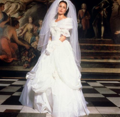 Những chiếc váy cưới thảm họa trong lịch sử phim ảnh Hollywood - 6